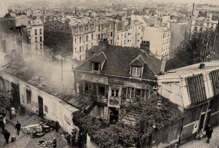 Incendio el 12 de mayo de 1970, de Le Bateau-LavoirLas señoritas de Avignon