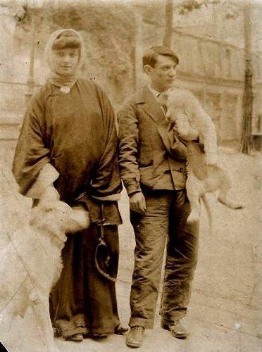 Periodo Rosa de Picasso con Fernnade Olivier, 1904.