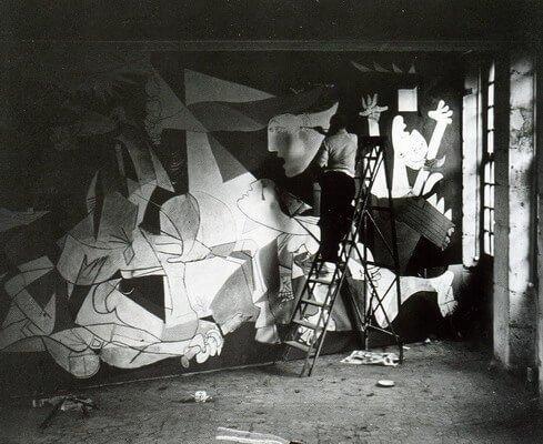 Dora Maar. Picasso trabajando en el Guernica.